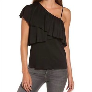 Tops - ⚡️SALE⚡️ NWT! Chelsea28 One Shoulder Top